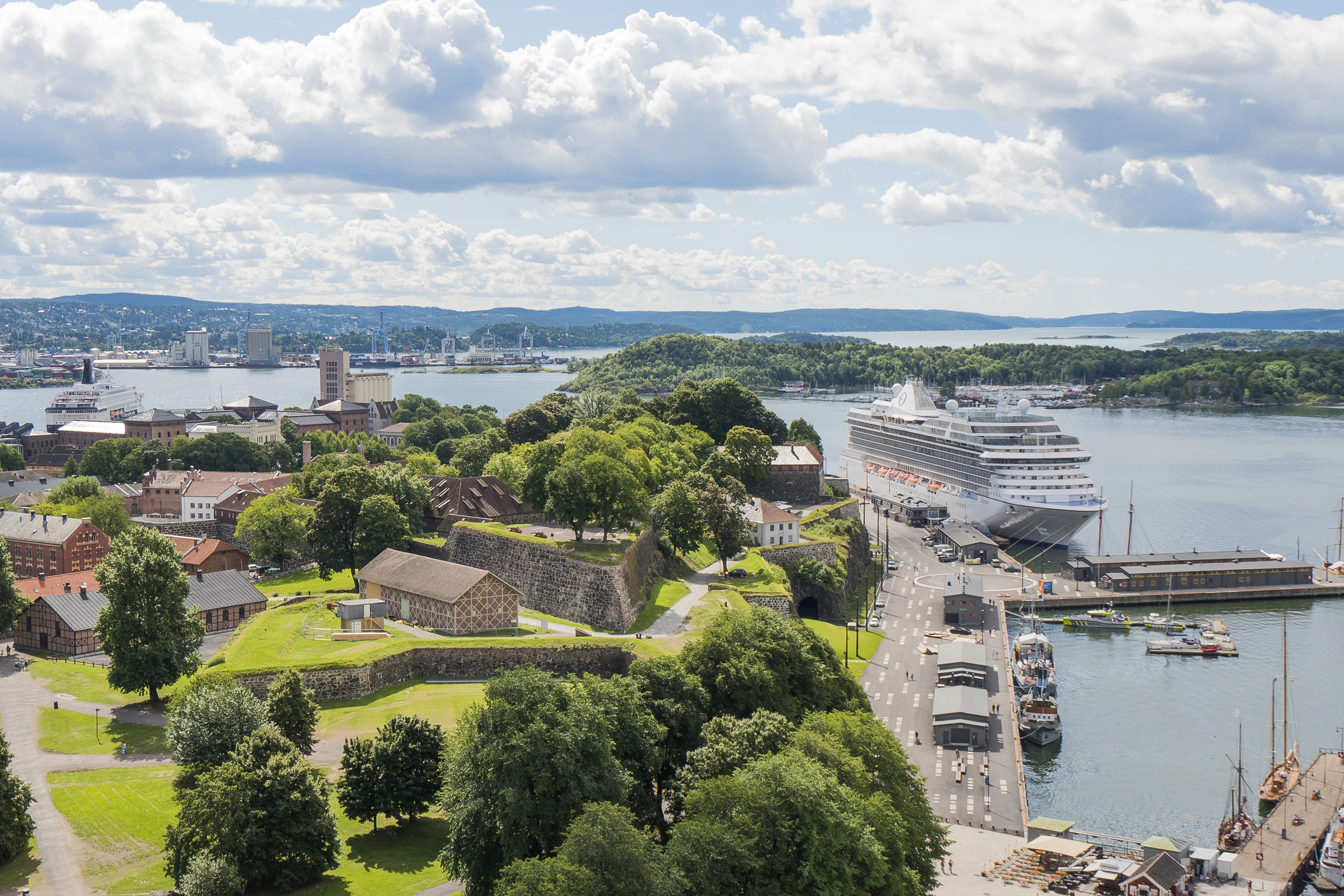 cruise, port, harbour, Oslo, Norway, halved, ships, turnaround, Per Erik Winther, manager, scandal, number, terminal, Royal Caribbean, build