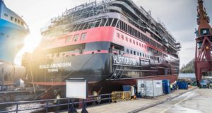 Hurtigruten, cancel, delay, launch, Roald, ship, expedition, shipyard, stake, shares, Kleven, Fridtjof Nansen