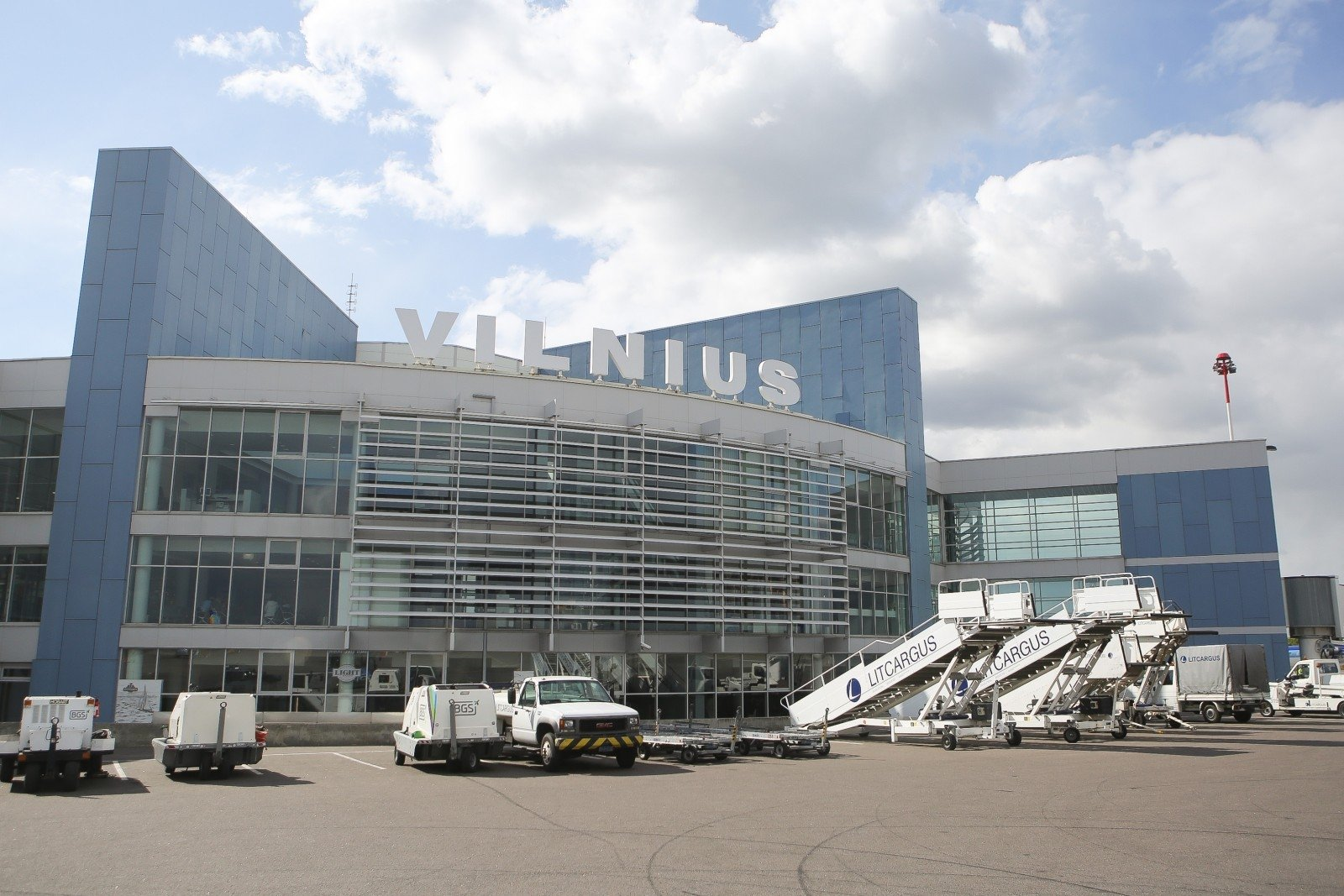 Vilnius International Airport, reconstruction, renovation, terminal, VNO, Vilnius, airport, apron, departures, work, construction