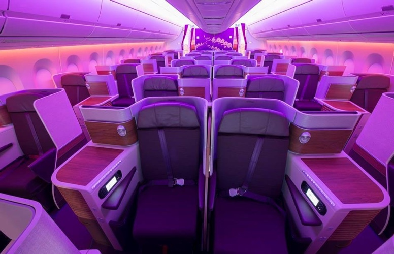 Thai Airways, business class, Dreamliner, seating, overweight, weight, passengers, babies, family, children, parents, airline, travel, Thailand