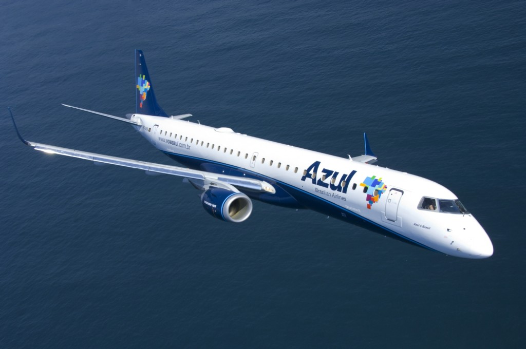 Azul, Brazil, sell, buy, shares, stake, Hainan, HNA, debt, United, USA, Open Skies, flights, venture