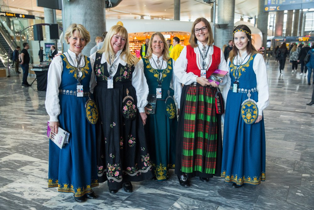 Oslo Airport, Gardermoen, bunad, traditional costume, jewellery, security, airport, constitution day, cake