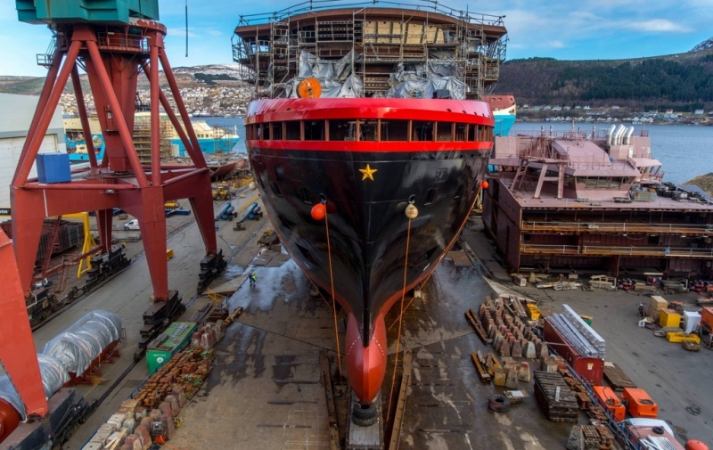 Kleven shipyard, hurtigruten, ferry, build, expedition, buy, acquire, Norway, cruise, adventure, expedition, vessels, ships, KVE, Roald Amundsen, Nansen