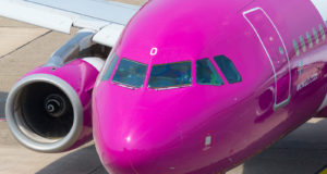 wow air, iceland, india, USA, cities, flights, route, newKeflavik, travel, tourism, New Delhi, bankrupt, end, cancel, flights, stranded, passengers, rescue flights, airlines, usa, Canada, Copenhagen, planes, grounded, aircraft, CEO