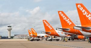 easyJet, Singapore, Scoot, low-cost, partners, worldwide, airlines, connections, transit, transfer, booking, Singapore Airlines, SIA, Brexit, Barton, chairman, Next, plans, Austria, Vienna, pilots, crew, planes, register, contingency, no deal