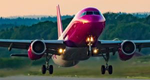 Wizz Air, Vilnius, market, leader, airline, airport, Kaunas, Lithuania, Palanga, passengers, history, flights, oil price, fuel, cut, forecast, outlook, airline, net profit, Keflavik, Iceland, routes, number, Poland, non-Icelandic, growth, Krakow, new, 2019