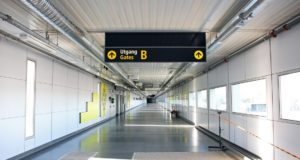 walkway, walk, airport, time, gate, distance, airport, Oslo, Gardermoen, Avinor, construct, bridge, bus