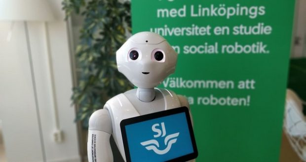 SJ, pepper, robot, digital, award, name, prize, Sweden, rail, trains, punctuality, on time, late, record, stats, consultancy, Bearingpoint, survey, Europe, transport