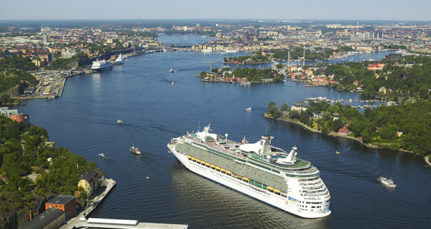 cruise, Stockholm, port, tourism, tourist, revenue, hotel stay